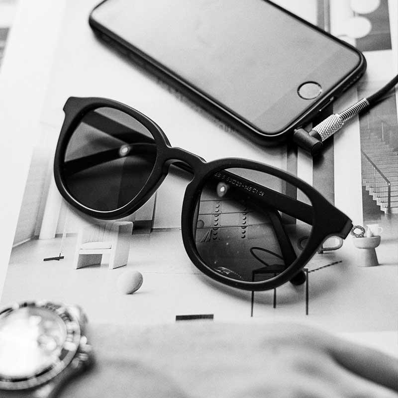 solbriller i sort med accessories