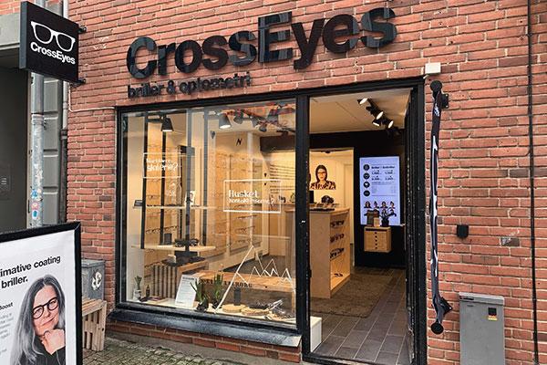 40c751312f9c crosseyes aalborg algade brille butik optiker kæde